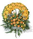 cenaze çiçegi celengi cenaze çelenk çiçek modeli  Kıbrıs çiçek gönderme