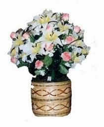 yapay karisik çiçek sepeti   Kıbrıs kaliteli taze ve ucuz çiçekler