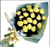 sari güllerden sade buket  Kıbrıs hediye çiçek yolla