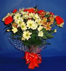 Kıbrıs çiçek siparişi sitesi  kir çiçekleri buketi mevsim demeti halinde