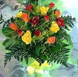 13 adet karisik gül buketi demeti   Kıbrıs anneler günü çiçek yolla
