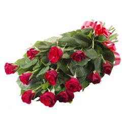 11 adet kirmizi gül buketi  Kıbrıs çiçek yolla , çiçek gönder , çiçekçi