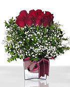 Kıbrıs hediye çiçek yolla  11 adet gül mika yada cam - anneler günü seçimi -