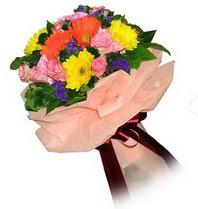 Kıbrıs internetten çiçek satışı  Karisik mevsim çiçeklerinden demet