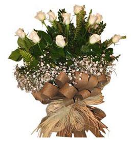 Kıbrıs çiçek , çiçekçi , çiçekçilik  9 adet beyaz gül buketi
