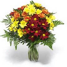 Kıbrıs çiçekçiler  Karisik çiçeklerden mevsim vazosu