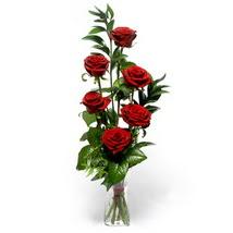 Kıbrıs çiçekçiler  cam yada mika vazo içerisinde 6 adet kirmizi gül
