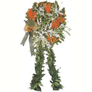 Cenaze çiçek , cenaze çiçekleri , çelengi  Kıbrıs hediye sevgilime hediye çiçek