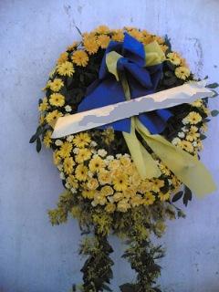 Cenaze çiçek , cenaze çiçegi , çelengi  Kıbrıs uluslararası çiçek gönderme