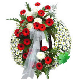 Cenaze çelengi cenaze çiçek modeli  Kıbrıs anneler günü çiçek yolla