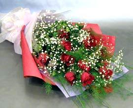 10 adet kirmizi gül çiçegi gönder  Kıbrıs çiçek online çiçek siparişi