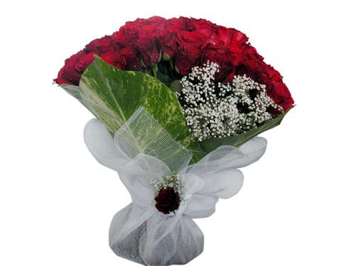 25 adet kirmizi gül görsel çiçek modeli  Kıbrıs kaliteli taze ve ucuz çiçekler