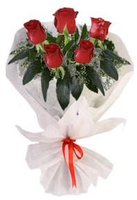 5 adet kirmizi gül buketi  Kıbrıs çiçek siparişi vermek