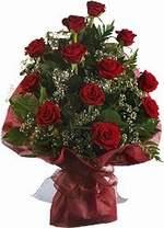 Kıbrıs çiçek siparişi vermek  9 Adet kirmizi gül buketi