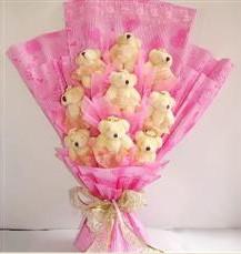 9 adet pelus ayicik buketi  Kıbrıs çiçek online çiçek siparişi