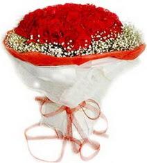 Kıbrıs çiçek siparişi vermek  41 adet kirmizi gül buketi