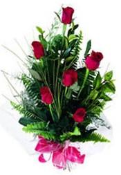 Kıbrıs online çiçekçi , çiçek siparişi  5 adet kirmizi gül buketi hediye ürünü