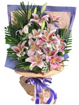 7 dal kazablankadan görsel buket  Kıbrıs yurtiçi ve yurtdışı çiçek siparişi