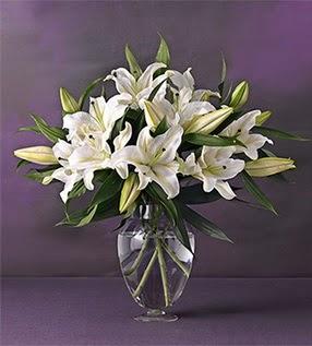 Kıbrıs çiçek yolla  4 dal cazablanca vazo çiçeği