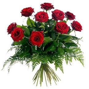Kıbrıs çiçek satışı  10 adet kırmızı gülden buket