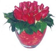Kıbrıs uluslararası çiçek gönderme  11 adet kaliteli kirmizi gül - anneler günü seçimi ideal