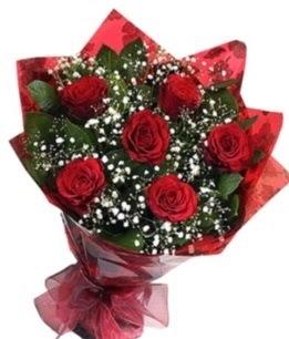 6 adet kırmızı gülden buket  Kıbrıs çiçek yolla , çiçek gönder , çiçekçi