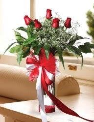 Camda 5 kırmızı gül tanzimi  Kıbrıs çiçek , çiçekçi , çiçekçilik