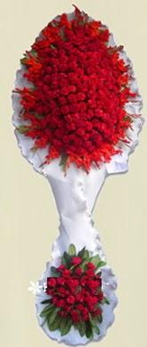 Çift katlı kıpkırmızı düğün açılış çiçeği  Kıbrıs çiçek online çiçek siparişi