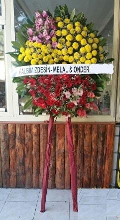 Kıbrıs çiçek online çiçek siparişi  Cenaze çiçek modeli