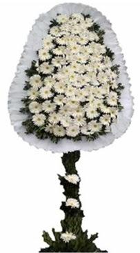 Tek katlı düğün nikah açılış çiçek modeli  Kıbrıs çiçekçiler