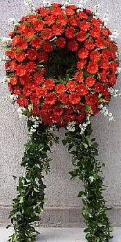 Cenaze çiçek modeli  Kıbrıs internetten çiçek satışı