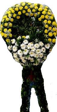 Cenaze çiçek modeli  Kıbrıs online çiçek gönderme sipariş