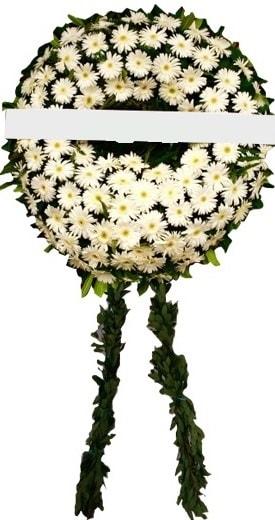 Cenaze çiçekleri modelleri  Kıbrıs online çiçek gönderme sipariş