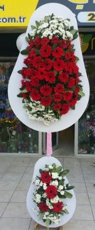 Çift katlı düğün nikah işyeri açılış çiçeği  Kıbrıs çiçek yolla