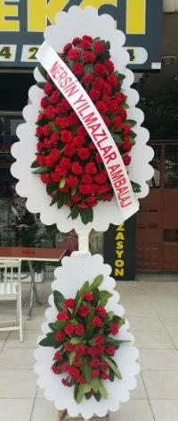 Çift katlı düğün nikah çiçeği modeli  Kıbrıs çiçek siparişi sitesi