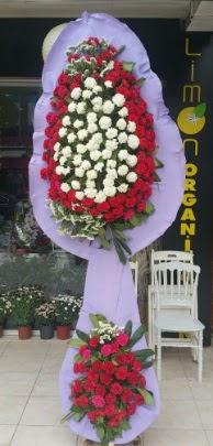 Çift katlı işyeri açılış çiçek modeli  Kıbrıs çiçekçi mağazası