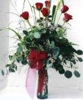 Kıbrıs çiçekçiler  7 adet gül özel bir tanzim