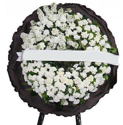Cenaze çelengi çiçeği modelleri  Kıbrıs internetten çiçek siparişi