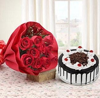 12 adet kırmızı gül 4 kişilik yaş pasta  Kıbrıs hediye çiçek yolla