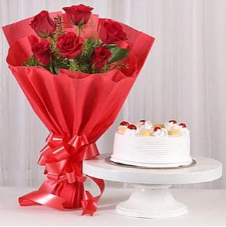 6 Kırmızı gül ve 4 kişilik yaş pasta  Kıbrıs hediye çiçek yolla