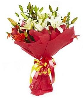5 dal kazanlanka lilyum buketi  Kıbrıs çiçek gönderme