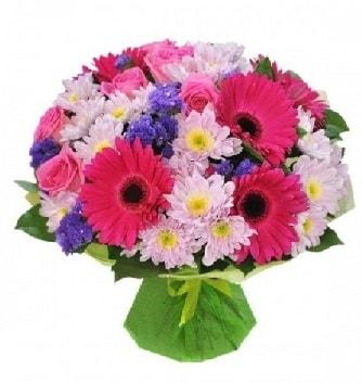 Karışık mevsim buketi mevsimsel buket  Kıbrıs ucuz çiçek gönder