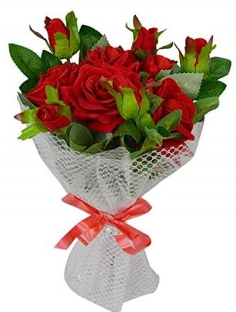 9 adet kırmızı gülden sade şık buket  Kıbrıs çiçek , çiçekçi , çiçekçilik